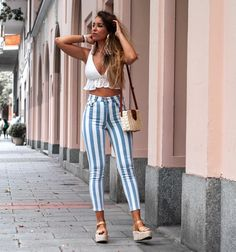 Cute casual outfits, spring clothes, trendy summer outfits, summer brunch o Mode Outfits, Fashion Outfits, Womens Fashion, Fashion Trends, Trending Fashion, Fashion Fashion, Fashion Hacks, Fashion Tips, Trendy Summer Outfits
