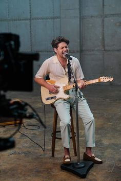 Niall Horan ♡ Niall Horan News, Niall Horan Baby, Naill Horan, James Horan, 5 Best Friends, One Direction Images, Forehead Kisses, Irish Boys, Perfect People