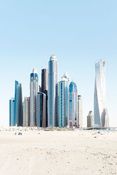 Marina Beach, Dubai the tallest block in the world. Abu Dhabi, Dubai City, Dubai Uae, Amazing Buildings, Amazing Architecture, Ing Civil, Dubai Beach, Marina Beach, Dubai Travel