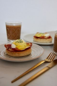 Food Photo, Food Inspiration, Bacon, Muffin, Pizza, Eggs, Cooking, Breakfast, Desserts