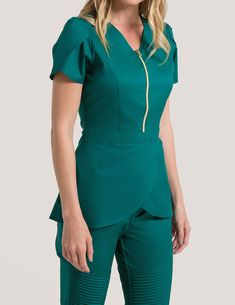 Tulip Top in Hunter Green is a contemporary addition to women's medical scrub outfits. Shop Jaanuu for scrubs, lab coats and other medical apparel. Spa Uniform, Scrubs Uniform, Dental Uniforms, Scrubs Pattern, Green Scrubs, Cute Scrubs, Scrubs Outfit, Tunic Designs, Medical Scrubs