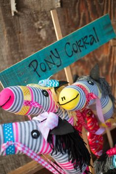 Cowgirl party - ponies