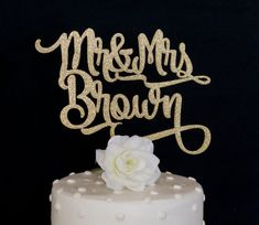 Custom Name & Name Wedding Cake Topper-Gold by HaymadeShop on Etsy Mr And Mrs Wedding, Our Wedding, Dream Wedding, Wedding 2017, Destination Wedding, Personalized Wedding Cake Toppers, Wedding Cakes, Wedding Topper, Rustic Wedding