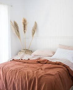 Ultra luxurious pure French linen quilt cover in Desert Rose - Naturally hypoallergenic, our ultra luxurious pure French linen quilt cover in Desert Rose is set t - Bedroom Colors, Bedroom Sets, Home Bedroom, Bedroom Decor, Master Bedroom, Master Suite, Bedding Sets, Bedroom 2018, Budget Bedroom