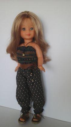 Vestidos para nancy,  ropa muñecas,  zapatos para nancy American Girl, Pram Toys, Nancy Doll, Doll Clothes, Dolls, Casual, Dresses, Bathroom, Fashion