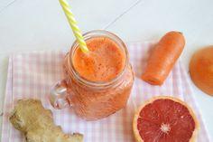 Centrifugato con carota pompelmo e zenzero, scopri la ricetta: http://www.misya.info/ricetta/centrifugato-con-carota-pompelmo-e-zenzero.htm