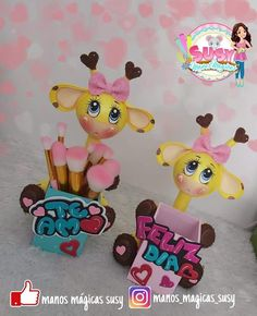 Felt Crafts, Cute Stickers, Pikachu, Minnie Mouse, Disney Characters, Painting, Vintage, Doll Party, Crepe Paper Flowers