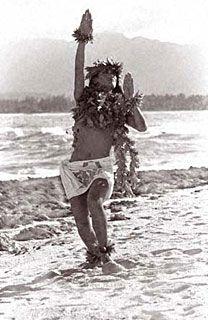 Kim Taylor Reece - Originals Kim Taylor Reece, Polynesian People, Polynesian Dance, Hawaiian Dancers, Hawaiian Art, Island Girl, Big Island, Hawaiian Phrases, Hula Dancers