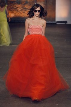 Thank you Christian Siriano for this numba one stunna #red #dress
