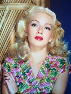 Lana Turner                                                       …