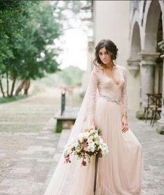#Weddings #Weddinginspirations #weddingdresses #weddingstyle #weddingfashion