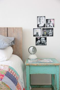 Decorar paredes con fotos Home Comforts, Flat Design, Floating Nightstand, Home Goods, Sweet Home, Gallery Wall, Shelves, Interior Design, Furniture