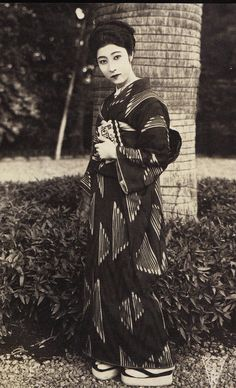 In kimono. Japan, about 1920's or '30's