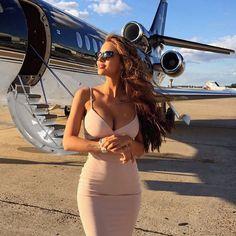 ✈️ Wish we were with on her private jet in the best selling . ✈️ Wish we were with on her private jet in the best selling Heidi Bodycon in nude✈️ Viki Odintcova, Style Feminin, Rich Lifestyle, Lifestyle News, Luxury Lifestyle Women, Luxury Girl, Lady Luxury, Billionaire Lifestyle, Ideias Fashion