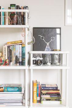 Bohemian minimalist bedroom Decor, Shelves, Home Decor, Minimalist Bedroom, Corner Bookcase, Bedroom, Minimalist