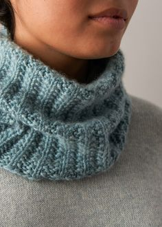 Mistake Rib Cowl In Cashmere Tend Purl Soho Crochet Patterns For Beginners, Knitting Patterns Free, Free Knitting, Scarf Patterns, Knitted Cowl Patterns, Free Pattern, Knitting Scarves, Afghan Patterns, Loom Knitting