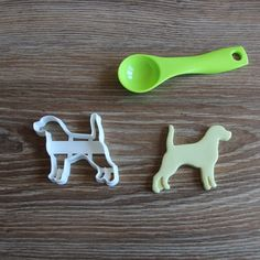 Beagle Cookie Cutter Dog Breed Pup Pet Treat Cutter puppy Pupcake topper cake topper by CookieCuttersFactory on Etsy