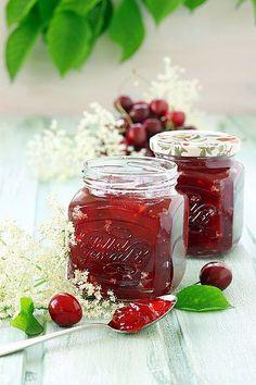 Kirsch-Holunderblüten Konfitüre (Rezept, Einkochen, Einmachen, Marmelade, Konfitüre, Gelierzucker, Selbstgemacht)