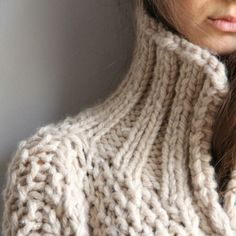 Oversize knitted coat
