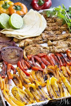 Healthy 20 Minute Chili Lime Sheet Pan Chicken Fajita Recipe is an easy weeknigh. - Foooooooood - Healthy 20 Minute Chili Lime Sheet Pan Chicken Fajita Recipe is an easy weeknigh. Healthy Weeknight Meals, Healthy Dinner Recipes, Mexican Food Recipes, Cooking Recipes, Healthy Fajita Recipes, Lime Recipes Dinner, Autumn Dinner Recipes Vegetarian, Healthy Dinner With Chicken, Healthy Recipes With Chicken