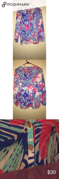 LILLY PULITZER long sleeve small Cute Lilly top like new!!! Blue shells and pink starfish print. Lilly Pulitzer Tops Blouses