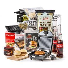 Kerstpakket Hamburgers & Meer Cata, Hamburgers, Tortilla Chips, Nachos, Popcorn Maker, Nespresso, Coca Cola, Hamburger, Burgers