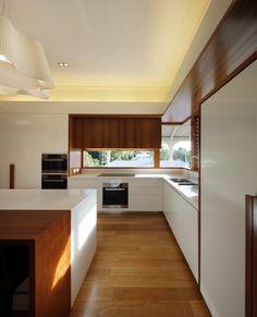 Adsett Street House, Taringa, Australia by Shaun Lockyer Architects.