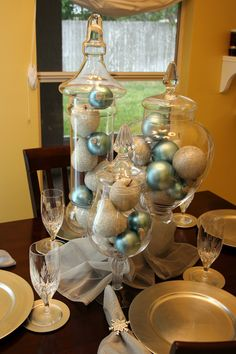 CHRISTMAS - blue ornaments & silver glitter fruit in glass vases