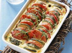 Tomaten-Zucchini-Auflauf   Kalorien: 350 Kcal - Zeit: 20 Min.   http://eatsmarter.de/rezepte/tomaten-zucchini-auflauf