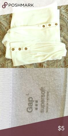 Long sleeved White shirt Long sleeved White shirt with cute buttons on the cuffs of the sleeves. Cute for casual wear with jeans or shorts. Only worn a few times. In great condition! GAP Tops Tees - Long Sleeve