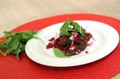 Cviklovo-šošovicový šalát so slaným syrom (fotorecept) - Recept