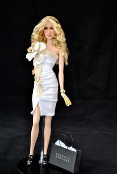"""Sex and the City"" - Carrie Barbie  newer barbie  but its carrie from sex and the city i watched every week and the movies.. great doll"
