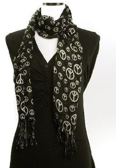 Black long scarf with white peace signs everywhere on the scarf! Very fashionable to draped around your neck! Made of very lightweig Hippie Style, My Style, Boho Hippie, Wholesale Scarves, Hippie T Shirts, Peace Signs, Cold Weather Fashion, 1960s Fashion, Long Scarf