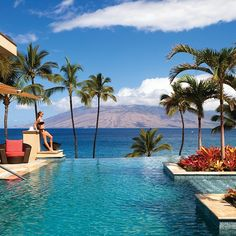 This our favourite holiday destination. Where is yours? Pictured - Four Seasons Resort Maui at Wailea #holiday #holidaydestination #luxury #luxurytravel #FourSeasons #resort #maui #wailea #friday #weekend #IVIORGANIC #organic #skincare