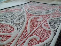 Maori design on quilt Maori Words, Maori Symbols, Maori Patterns, Cultural Crafts, Maori Designs, Nz Art, Maori Art, Kiwiana, Art N Craft