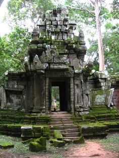Many minor temples are mossy and crumbling.