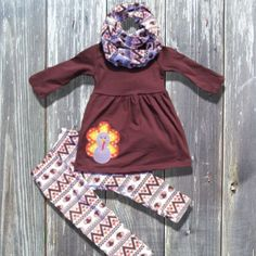 The Turkey Applique Infinity Scarf Set is super trendy and sooo cute! Its perfect for