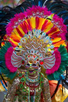 Masskara-festival-2012 Masskara Festival, Phillipines Travel, Philippines Culture, Festivals Around The World, Festival Costumes, Festival Celebration, Carnival Costumes, Tropical, Unique Outfits