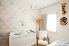 triangle walls and colors Baby Bedroom, Baby Boy Rooms, Kids Bedroom, Bedroom Decor, Baby Decor, Kids Decor, Home Decor, Wallpaper Wall, Diy Bebe