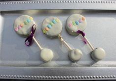 Baby+Shower+Dessert+Ideas:+Baby+Rattle+Oreo+Pops+-+Little+Miss+Kate