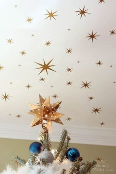 Starry Night Christmas Tree and a Decal Giveaway