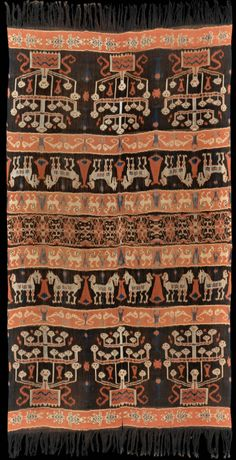 Ikat hinggi from East Sumba, Sumba, Indonesia, 1910-1930.