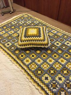 Piezera y cojín tejida a crochet manualidad