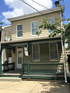 33 N State st York Pa 17403 Price:  Price:  $59,900 = $1,500 DOWN AND $265/MTH (p+i) with special government financing.  This is not a rent to own nor owner financed property.  Please call Ryan today at 717-309-5808 for more information! Serious inquires only please Property owner is a PA Licensed Sales Person