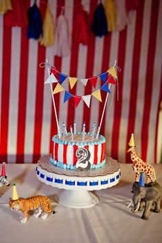 Circus theme bunting Cake Topper primary colors by CinamonGirl Carnival Birthday Cakes, Dumbo Birthday Party, Carnival Cakes, Themed Birthday Cakes, Circus Birthday, 1st Birthday Parties, Carnival Costumes, 2nd Birthday, Birthday Ideas