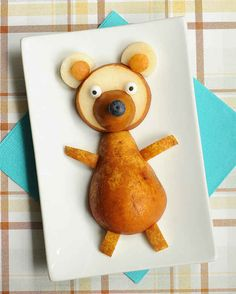 Hey, pear bear. | 19 Easy And Adorable Animal Snacks To Make With Kids
