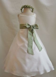 31.99 Wallao.com Flower Girl Dress Classic Ivory with Green Sage for Easter Wedding Bridesmaid #wallaousa