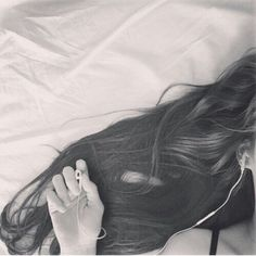 [ COMPLETED ] Started: 23rd of Oct 2018 Bagaimana rasanya 6 tahun… #fiksipenggemar # Fiksi Penggemar # amreading # books # wattpad Portrait Photography Poses, Photography Poses Women, Tumblr Photography, Cute Girl Photo, Girl Photo Poses, Cool Girl Pictures, Girl Photos, Photo Pour Instagram, Profile Picture For Girls