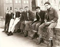 Docs&Chanel: From the Factory to Youth Culture: A Brief History of Doc Martens - March 03 2019 at Skinhead Men, Skinhead Boots, Skinhead Fashion, Skinhead Style, Skinhead Reggae, Uk Culture, Youth Culture, Mod Fashion, Punk Fashion