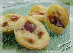 Bouchées au jambon cru et pignons